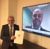 Tourismusminister Guido Wolf bei der virtuellen Übergabe des Förderungsbescheids an Bürgermeister Dr. Carsten Vogelpohl